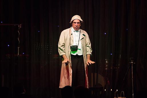 照片:悲傷小丑的噗哧劇場