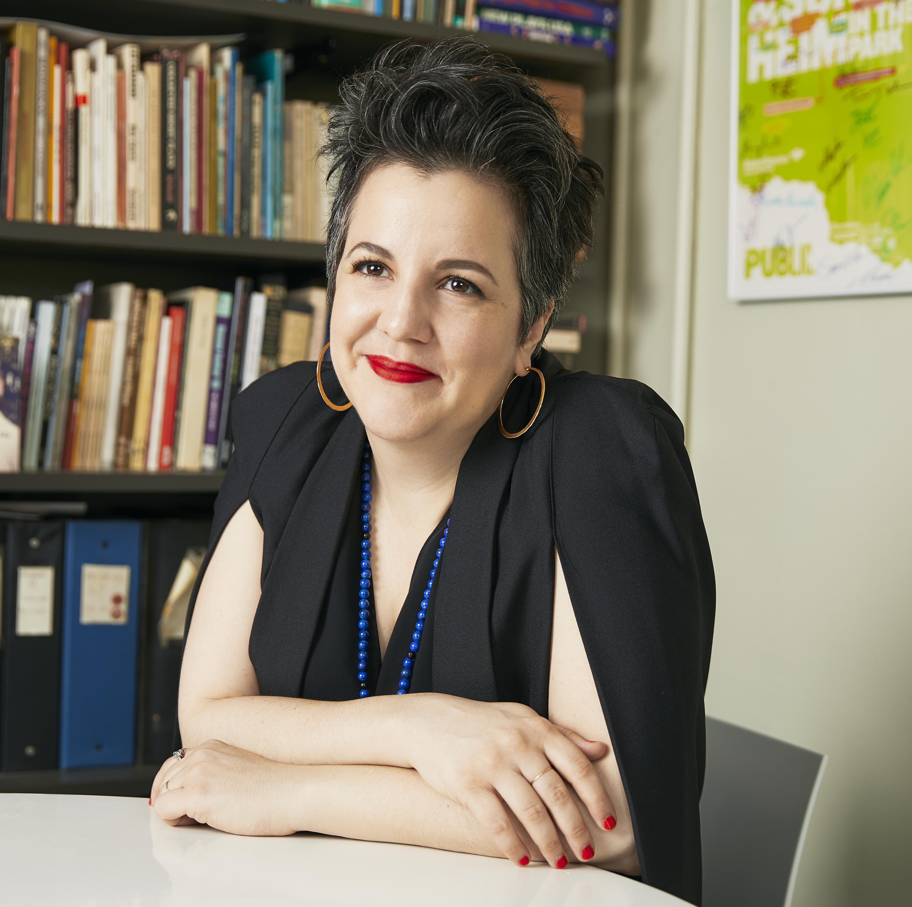 瑪麗亞・曼努艾拉・哥雅內斯 Maria Manuela GOYANES|美國絨毛猛獁象劇團藝術總監